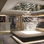 Wie ein schwimmendes Luxushotel: Lobby der Luxusyacht Soleal.
